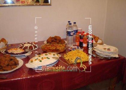 تزئینات میز شام http://mamisite.com/forum/decorated-food-table/topic450.html