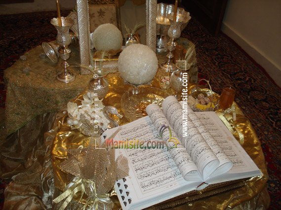 تزیین میز با تور ساتن ♛تاج نقره راهنماي مراسم عروسي و جشن شما♛ - میز نامزدی