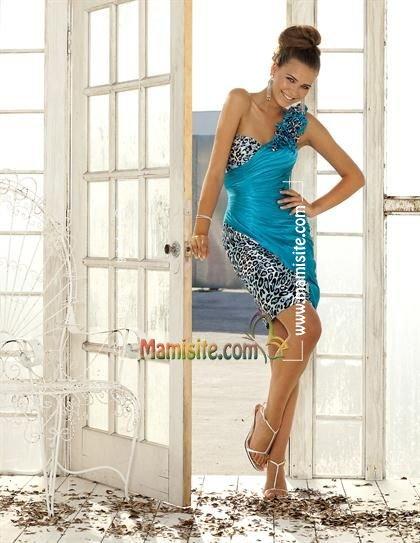Голубое платье, макияж
