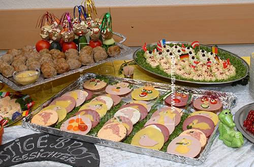 آشپز ایرانی:: - سفره آرایی و میوه آرای برای جشن تولد